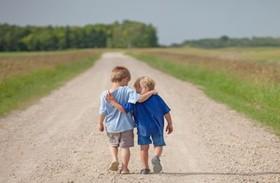 محبت به دیگران، میل به تنهایی و ترس اجتماعی را درمان میکند