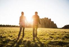 ۱۴ نشانه اینکه در یک رابطه سالم هستید