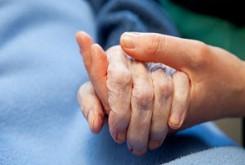 تاثیر عیادت، در بهبود زودتر بیماران