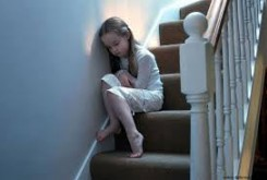 کودک آزاردیده این نشانه ها را دارد!