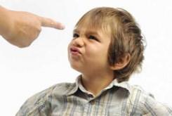 چگونه با کودکان بی ادب در دید و بازدیدهای نوروز برخورد کنیم؟