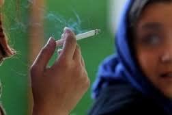 شیوع مصرف سیگار در بین دانشجویان دختر دانشگاهها