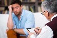 مراجعه به روانشناس دلیل بیمار بودن نیست