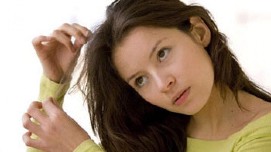 تریکوتیلومانیا: اختلالی که مو به سر شما نمی گذارد!