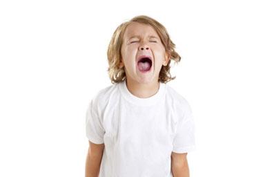 لجبازی یک واکنش نامطلوب در بیان نیازهای کودکان است