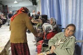 ۱۵درصد سالمندان کشور تنها زندگی میکنند