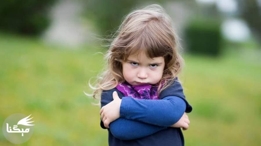 کدام گریه کودک نشانه افسردگی است؟