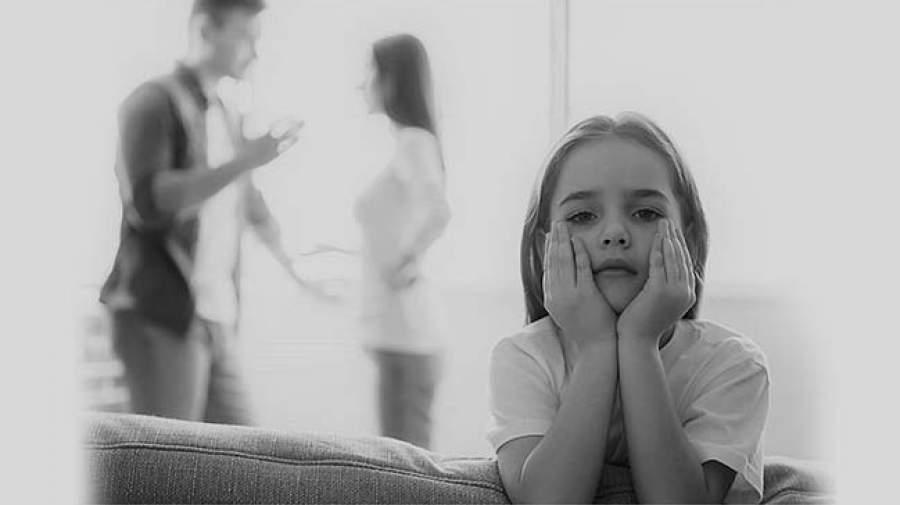 نقش پدر در خانواده را پر رنگتر کنیم