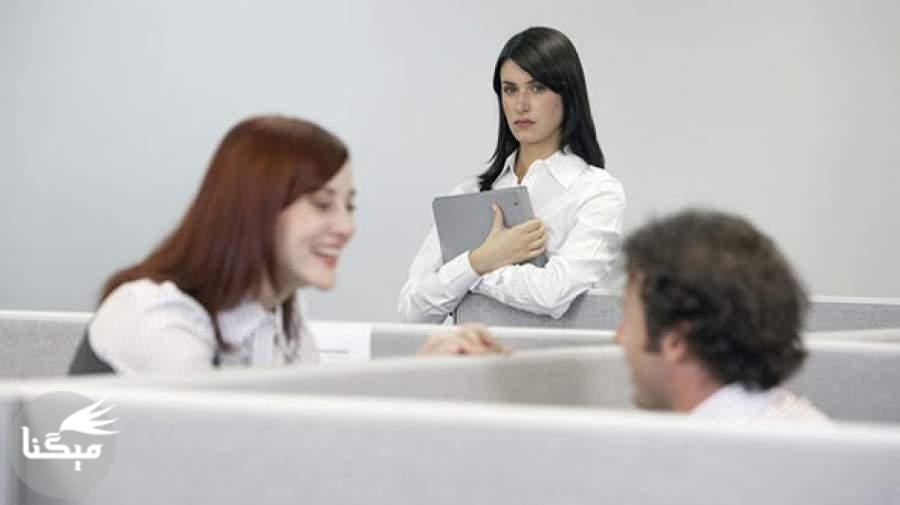 حس حسادت در رابطه عاطفی را چگونه کنترل کنیم؟