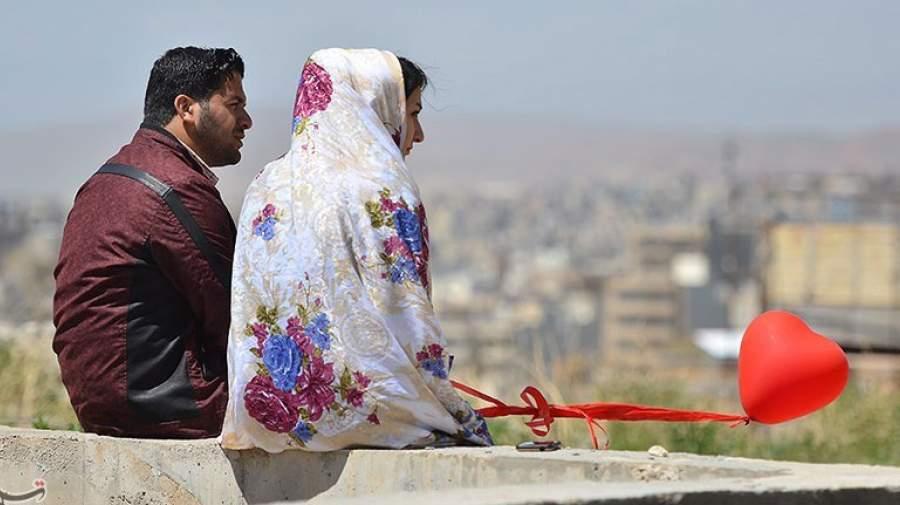 نقش الگویی مادران در ازدواج دختران