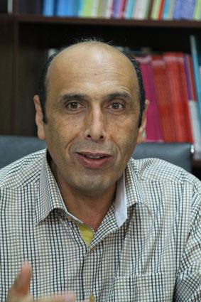 دکتر حبیب هادیانفرد- استادیار دانشگاه شیراز